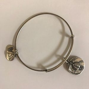 Alder Bracelet Alex and Ani